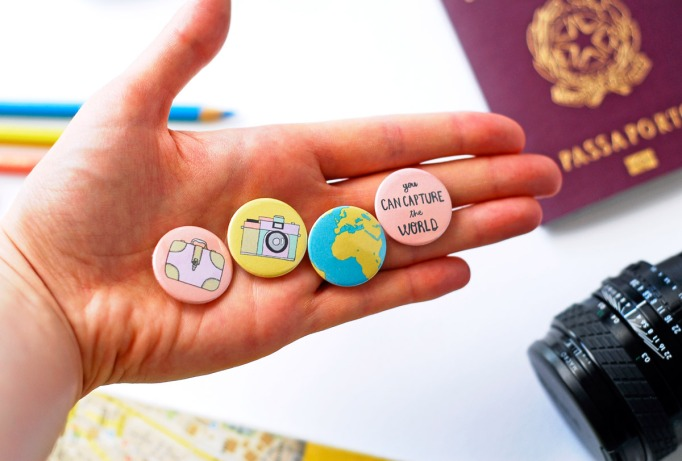 button_travel_set_6_hand